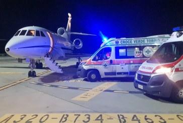 Aeronautica Militare, volo d'urgenza per salvare una bambina di 5 anni     Poche ore prima un altro equipaggio del 31° Stormo di Ciampino aveva concluso un trasporto sanitario di un bambino di 8 anni da Lamezia Terme a Brescia