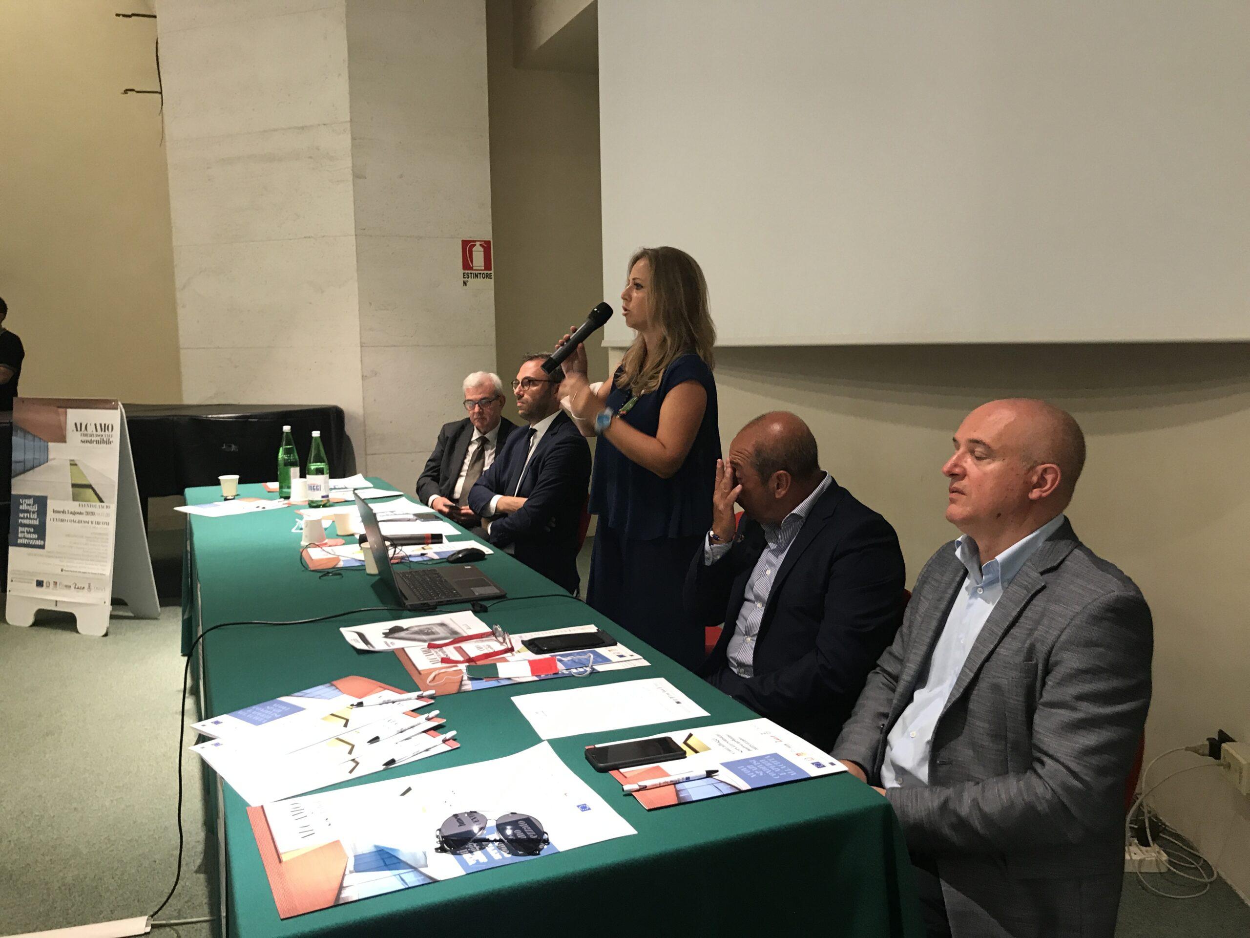 Edilizia Sociale Sostenibile: presentato il progetto ad AlcamoLe dichiarazioni degli intervenuti all'incontro che si è svolto presso il CentroCongressi Marcon