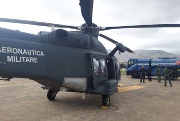 L'82° Centro C.S.A.R. dell'Aeronautica Militare effettua un intervento    antincendio nel palermitano, 3 ore di volo 12 lanci e 9mila litri di acqua