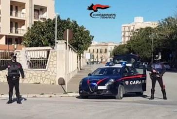 TRAPANI: FERMATO AD UN CONTROLLO SU CICLOMOTORE SENZA CASCO AGGREDISCE I CARABINIERI. ARRESTATO 51ENNE